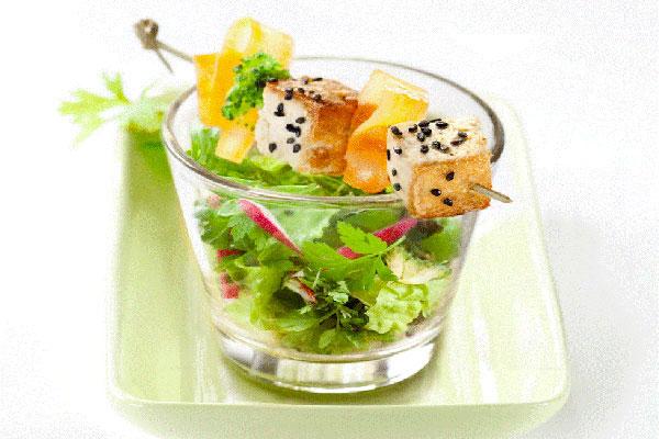 arche naturk che tofuspie auf asia salat. Black Bedroom Furniture Sets. Home Design Ideas